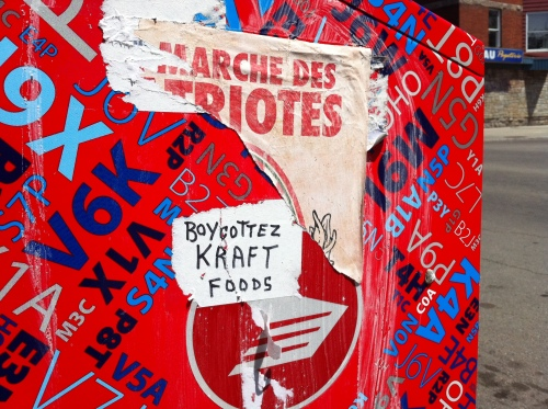 BOYCOTTEZ KRAFT FOODS (Mont-Royal/St-Hubert 2011-05-24)